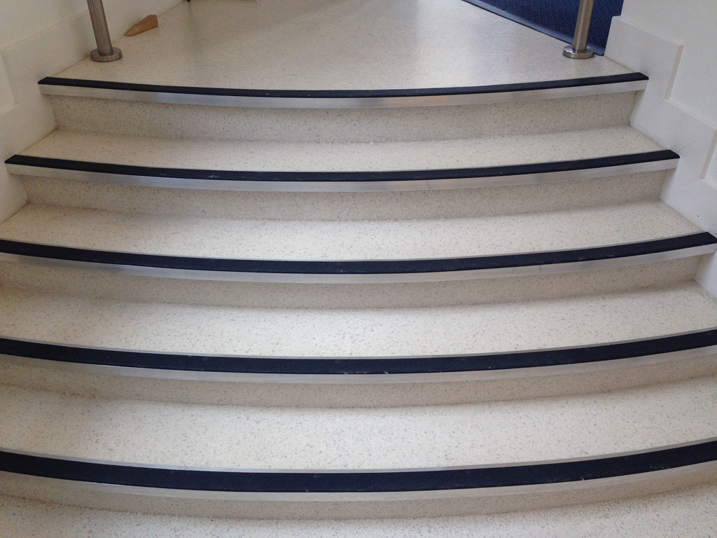 Anti Slip Stairs Anti Slip Resin Stairs Impact Flooring